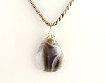 Grey Agate Pendant. Listing 258192972