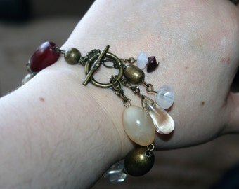 Sale...Vintage bracelet  Beautiful  made of brown  lucite Beads and brass -super cute