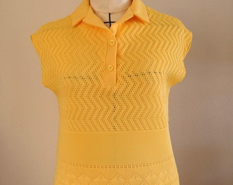 Vintage yellow 2 piece outfit, 1970s knit blouse and skirt, slip on, separates, small to medium