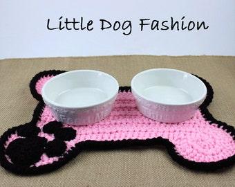 Feeding Mat for Dog, Placemet for Dog, Unique Dog Gift, Dog Christmas Gift, Dog Products, Crochet, Dog Bone,  Pastel Pink and Black