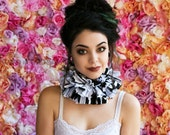 Black and White Ruff, Tattered Collar, Tattered Ruff, Black and White Neck Piece, Ruffle Collar