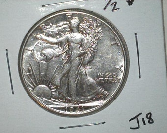 Liberty Walking 1943 Half Dollar US 90% Silver / US Coin / J18