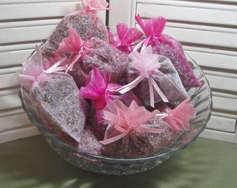 Party favors, 12 lavender sachets, wedding, bridal shower, new baby, Thank You gift, 12 organza bags filled with 100% dried lavender