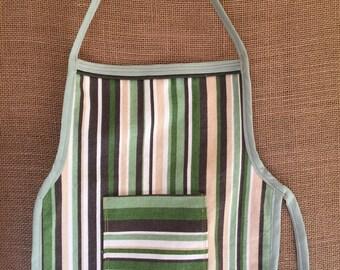 Toddler Apron (Montessori Style,Velcro closure, stripes with pocket, thick cotton)