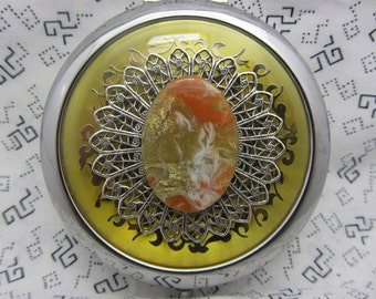 Gold pocket mirror with protective pouch - pocket gift for friends - round compact mirror gift - gold compact mirror - Oria