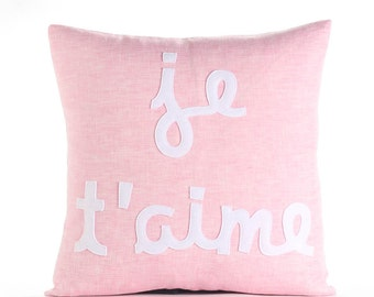 "decorative throw pillow, ""Je T'aime"" linen felt applique, 16""x16"""