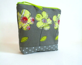SALE! cosmetic bag zipper pouch