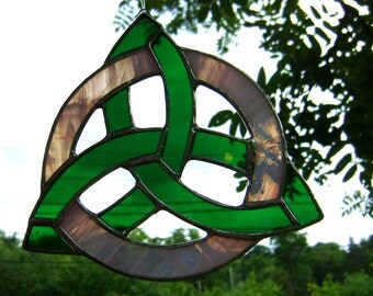 Celtic Trinity Knot Triquetra Celtic Knot Trinity Irish Scottish Stained Glass Green Pink Mother Pagan Wiccan Spirit Yule Halloween