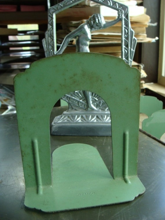 Gorgeous pair vintage industrial metal art deco style bookends - Deco vintage industriel ...