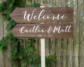 Custom Welcome Wedding Sign with Directional Arrows, Rustic Sign, Beachy Sign, Bride and Groom, Wedding Date
