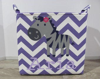 NEW Fabric Applique GIRAFFE XL Extra Large Organizer Basket Storage Container Toy Bin Bag Bucket - Customized / Personalized Name