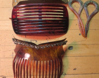 SALE REDuCED!!!!!! Lot of Vintage Lucite Tortoiseshell hair combs Rhinestones - one marked SOLID GOLD As Is condition.