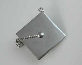 Charm, Sterling Silver, Graduation Hat, School Keep Sake, Moment to Remember, Souvenir Charm, Wells Sterling Charm