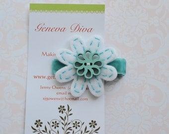 Aqua Pinwheel Wooden Butterfly Hand-stitched Felt Flower Hairclip