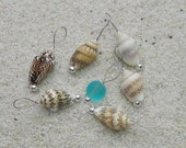 Seashell Knitting Stitch Markers - snag free loop markers - tiny seashell and beach sea glass beads - set of 7 - three loop sizes available