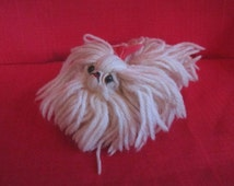 Vintage 1950s Adorable Little Handmade White Yarn Pekingese Toy Dog