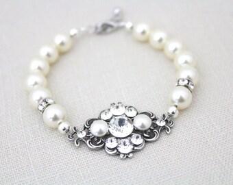 Wedding bracelet, Crystal bridal bracelet, Wedding jewelry, Vintage style bracelet, Swarovski crystal bracelet, Cuff bracelet, ASHLYN