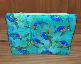 Sea Turtles Zippered Pouch