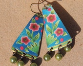 recycled tin earrings, vintage tin, printed tin, blue, pink flowers, green glass pearls, wire wrapped, floral pattern, repurpose, reuse
