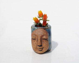 Tiny miniature small ceramic vase flower holder bud vase garden display
