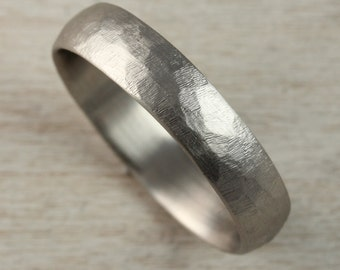4mm or 5mm Stone Texture Hand-carved Classic Mens Wedding Band - Comfort Fit Men's Wedding Ring - Rugged Minimalist - Raw Faceted Texture