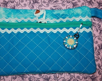 Frozen Zipper Pouch