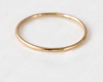 Thin 14k Gold Ring, Delicate Hammered Band, 14k Yellow Gold Stacking Ring, Gold Stackable Ring, Solid 14k Gold Hammered Band