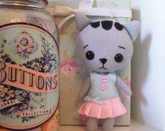 Precious Little Pocket Kitty...Pale Gray...Hand Sewn...She is so Cute!!!