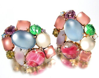 Vintage PASTEL RHINESTONE PIN Frosted Blue Pink Iris Green Chaton Pair Brooch