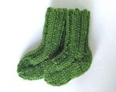 Newborn Baby Socks Hand Knit, 0 to 3 Months, Ready To Ship, Forest Green, Boy or Girl Baby Shower Gift, Warm Winter Wear, Infant Crew Socks