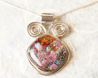 CoLoR ChAnGiNg Dichroic Fused Glass and Sterling Silver .925 Pendant Necklace