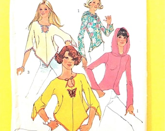 Simplicity 6656 JIFFY pullover tops 70s Hoodie with Shaped Hem and Shaped Sleeves Vintage Sewing Pattern Bust 36
