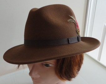 80s Brown Felt  Men Hat Size Small 6.875, 55cm 21 1/2  inches Made in USA