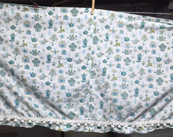 Vintage Kitchen Curtains with Pom Poms