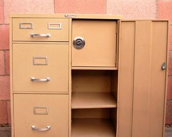 "GREAT Industrial Vintage ""Steelmaster"" Metal Cabinet Working Safe"
