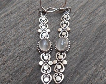 Balinese Silver moonstone dangle Earrings / silver 925 / 2.25 inches long / Bali jewelry