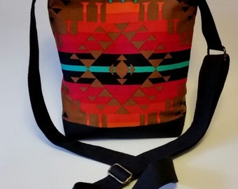 Just the Essentials Crossbody bag in Tribal Brown