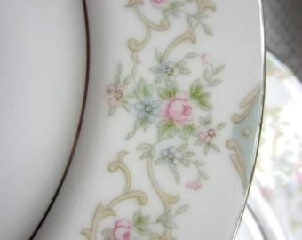 Vintage Tudor Rose Royal M Yamaka Japan Bread and Butter Plate
