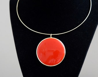 Red Hot Mod! 1980's Does Swingin 1960's Red Plastic Disk Medallion Necklace