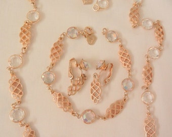 Beautiful Jour glass crystal Three piece set by Judy Lee Necklace bracelet Earrings