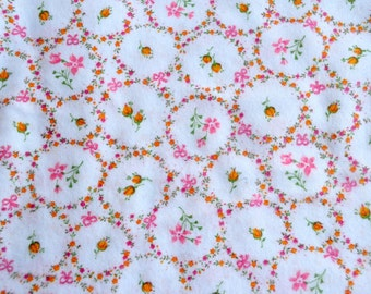Vintage Flannel Fabric - Pink and Yellow Rose Medallions