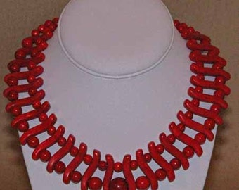 Red Contemporary necklace set
