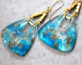 ON SALE Trendy Triangular Gold Flake Gold Fleck Resin Dangle Earrings on Gold Plated Hooks in Blue and Gold