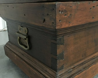 Antique Carpenters Tool Box Chest Dovetails 13w34L10.5h Shipping is Not Free