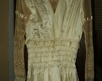 Antique Edwardian Wedding Bridal Gown 1910-1915 Original Lace Sleeves Silk Satin Ruched Waist and Hem of Dress Bows on Sleeves