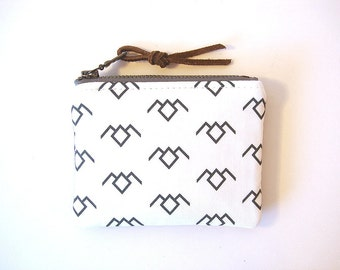 Twin Peaks Black and White Owl Zipper Small Coin Purse