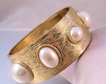 1960s Faux Pearl & Gold Tone Bangle Bracelet Vintage Jewelry Jewellery