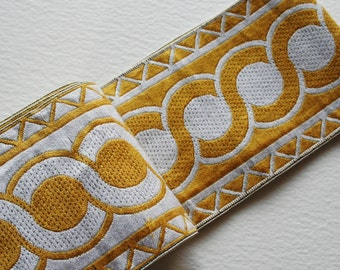 7 meters Vintage Trim Crazy Bold Circle Triangle Design Gold and Silver