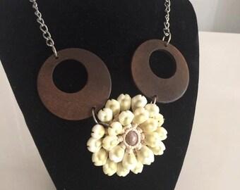 Vintage Tiki Hawaiian Mid Century Era Necklace with Wood Discs and Shells