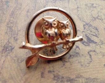 Avon Owl Pin Brooch cute small pin FREE SHIPPING
